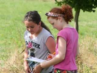 Naomi and Samara. The first intrepid explorers, tackling the first clue.